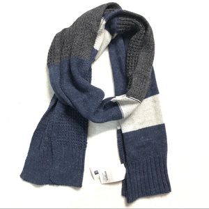 NWT GAP Ribbed Rectangular Blanket Scarf